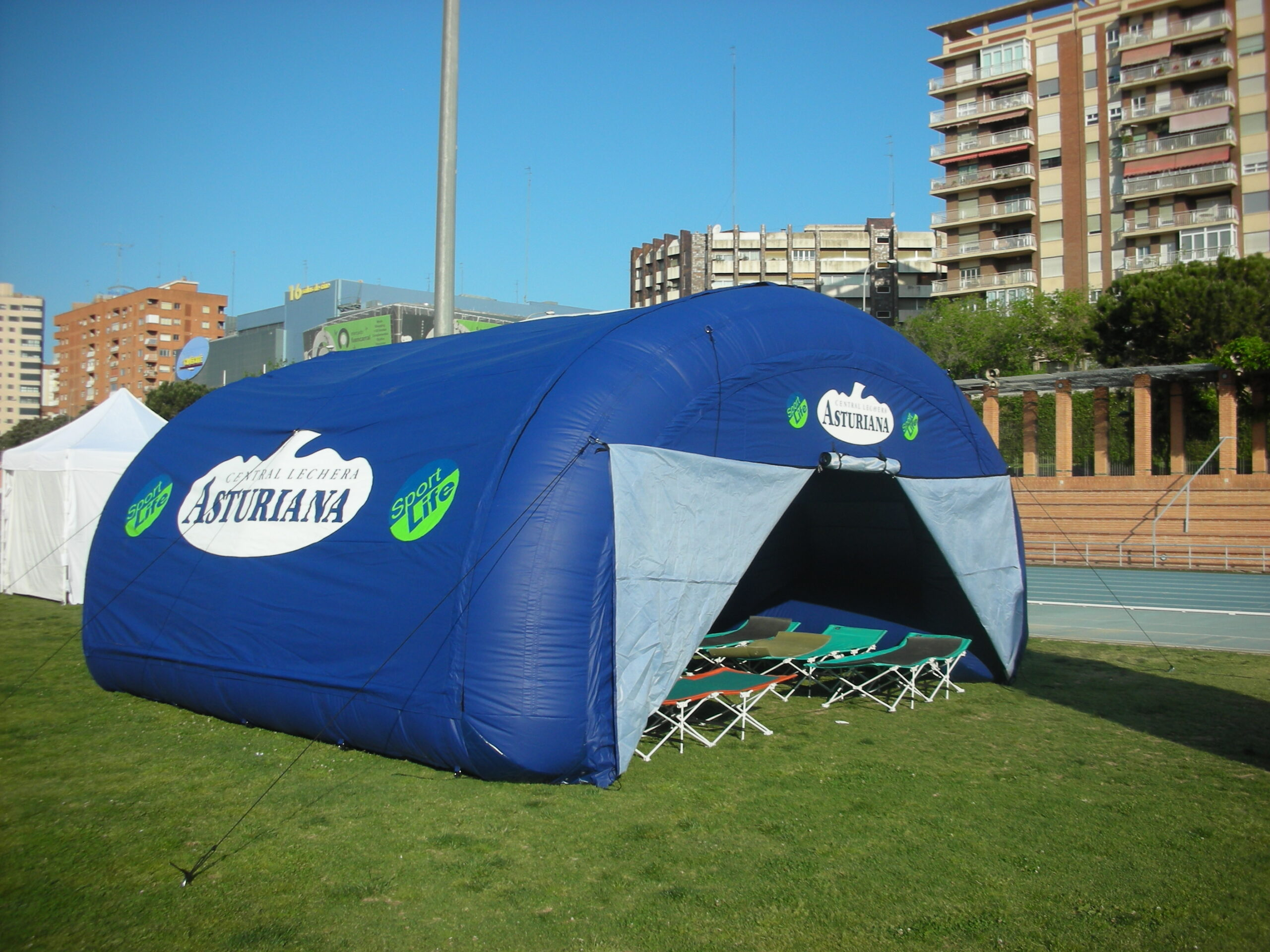 Carpa Hangar 6×6 Central Lechera Asturiana