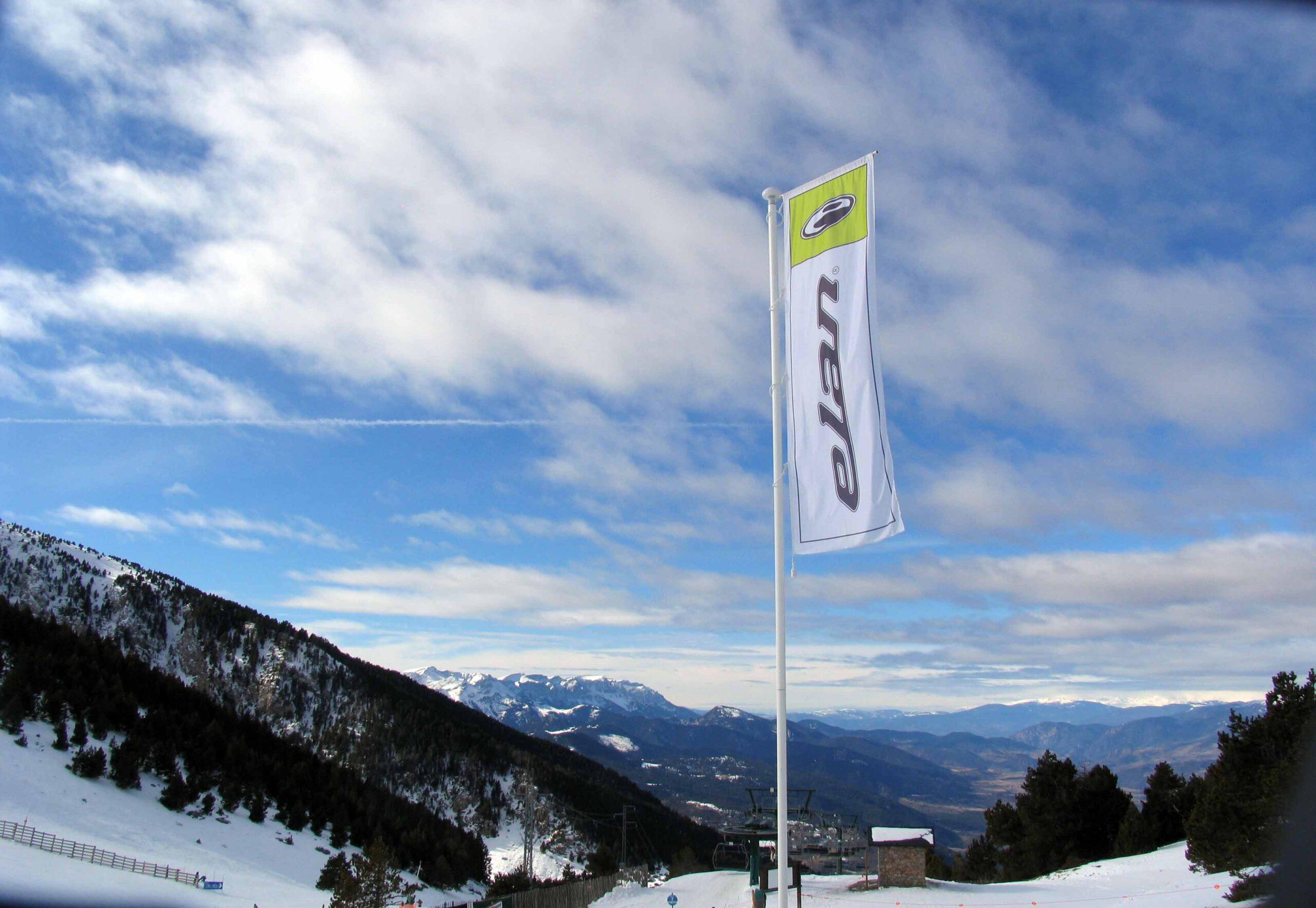Flag Elan
